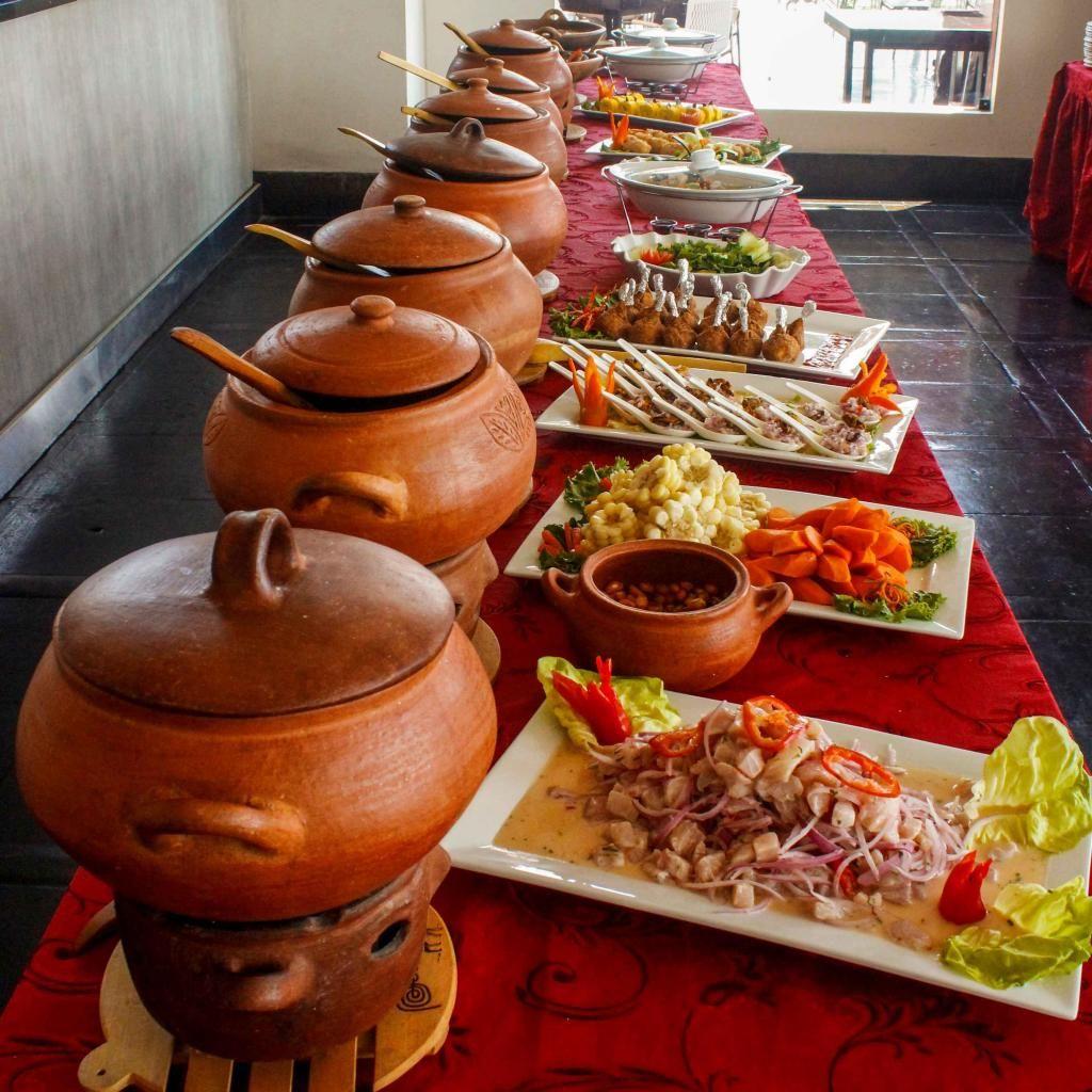 Fabulous Buffet Criollo Buffet Marino Almuerzos Cenas Y Bocaditos Home Interior And Landscaping Ponolsignezvosmurscom