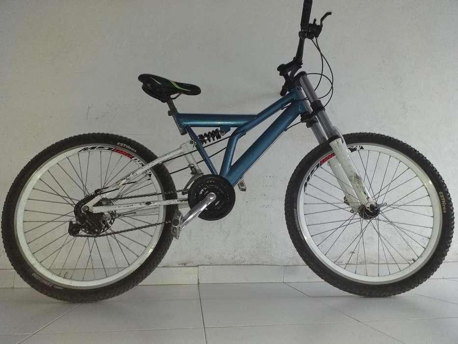Cicla con suspencion delantera y central