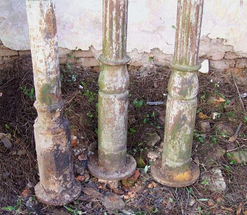 Antigua Columna De Fundicion 3.95 Alto Y 2 De 3.50 Alto