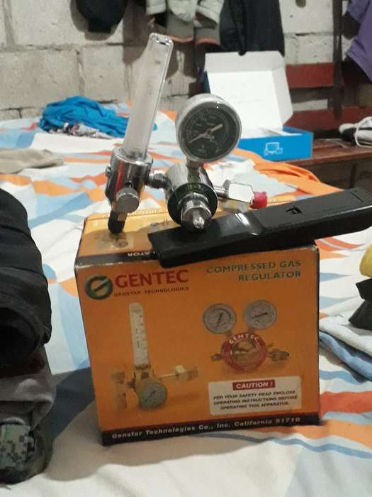 Vendo Válvula Reguladora de Gas Oxígeno