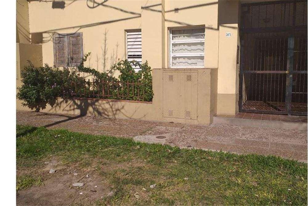 Departamento en Juan del Campillo 3075 Se alquila.
