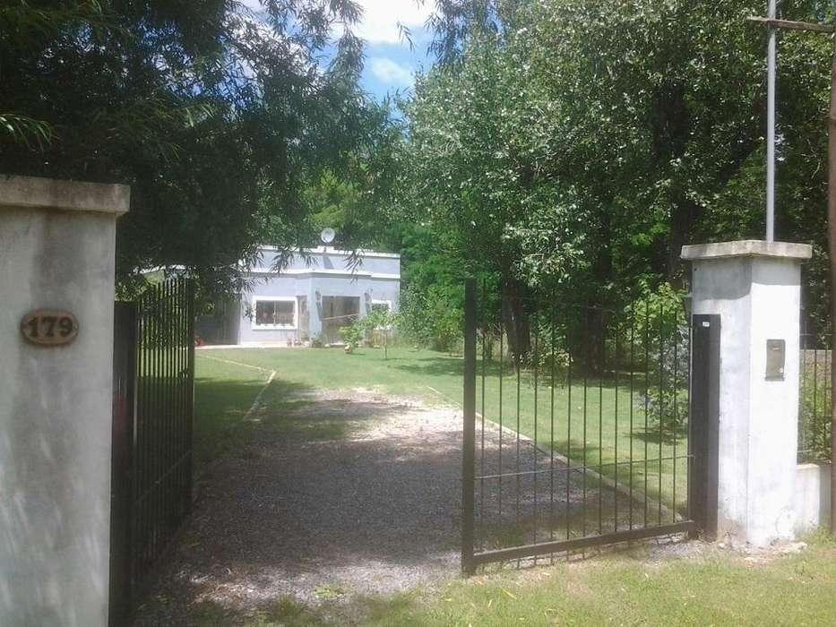 Casa en Alquiler en Barrio parque girado, Chascomus 11000