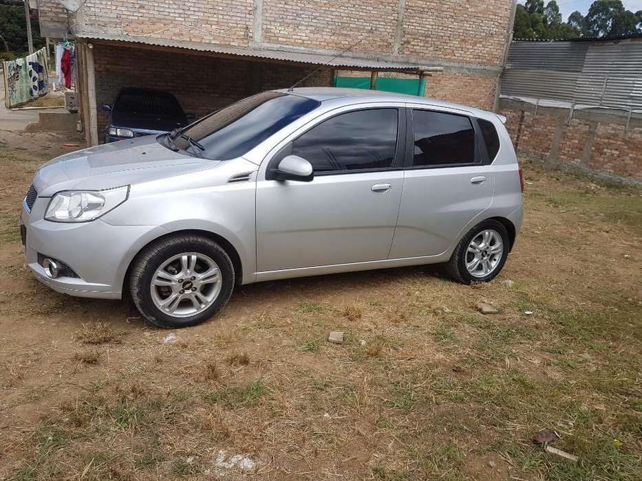 Chevrolet Aveo Emotion 2012 - 86000 km