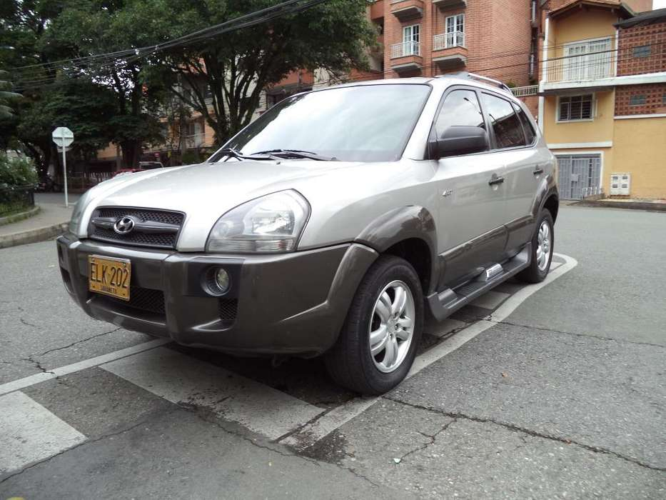 Hyundai Tucson 2008 - 203000 km
