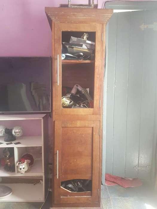 2 <strong>muebles</strong> de Madera Masiza