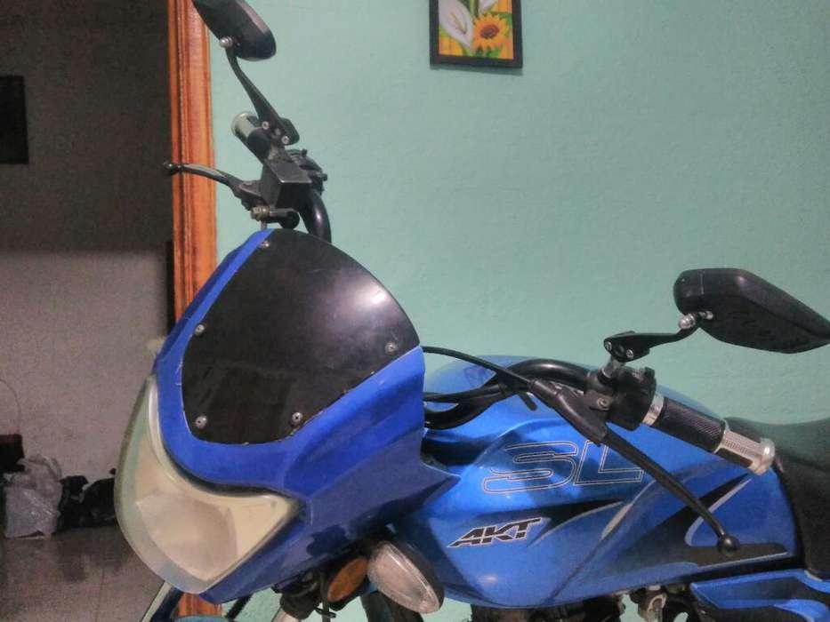 Se Vende <strong>moto</strong> Akt Sl