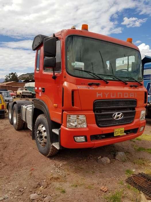 2 Camiones, Tractos Y Cisterna de 4000gl