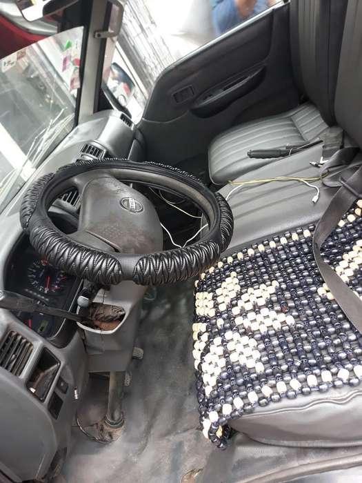 Nissan Vanette 2004 - 149000 km