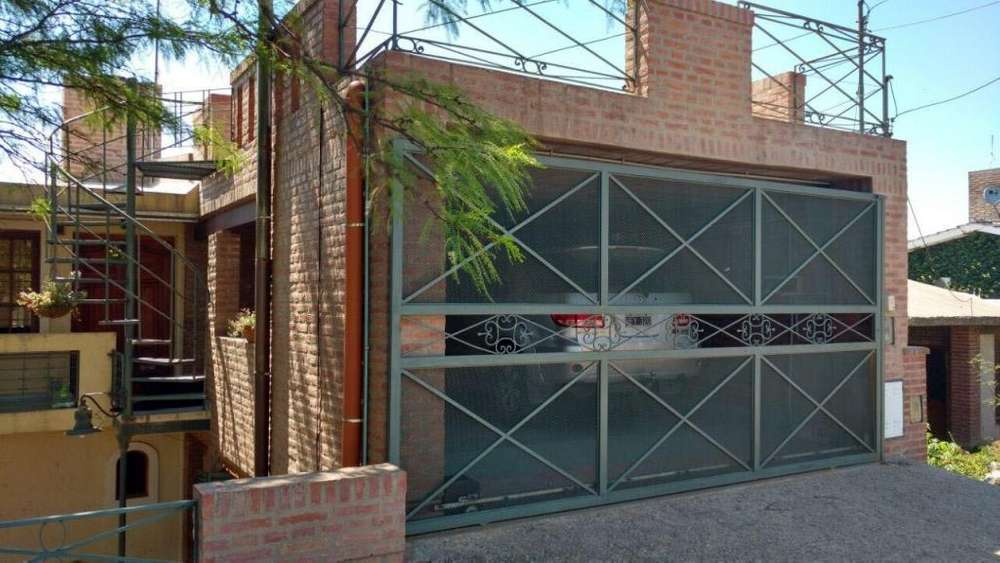 SALDAN. Vendo casa 2 Dor. 200 mtrs Cubiertos / PILETA. 35161161707