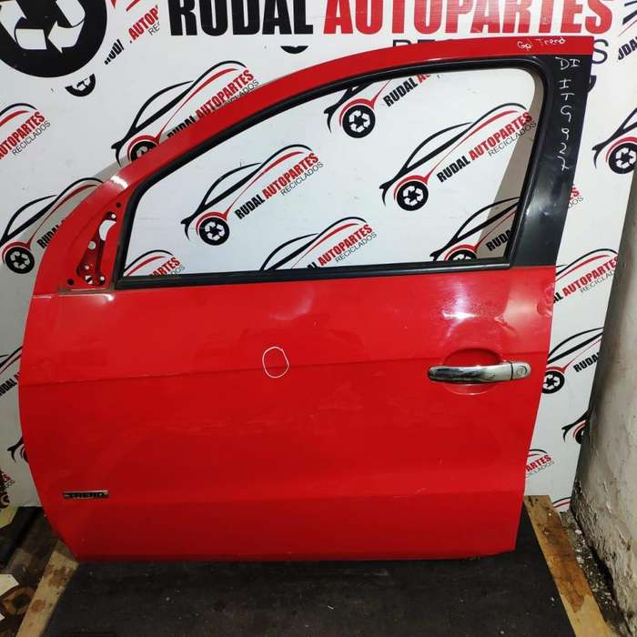 Puerta Delantera Izquierda Volkswagen Gol Trend 7600 Oblea:02049189