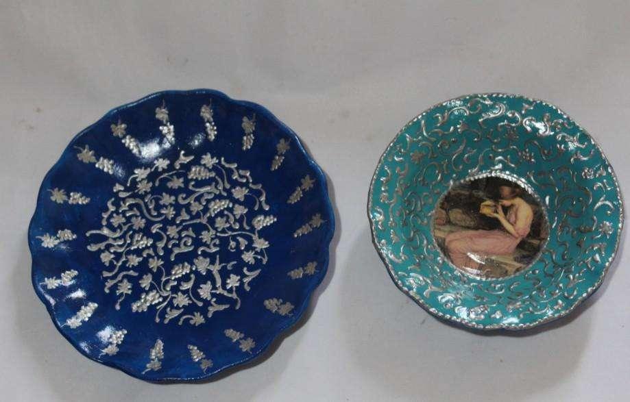 2 platos para colgar pintados a mano, 16 y 13 cm, 150