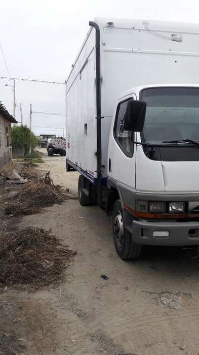 Vendo Camion Furgon Termico 0990448038