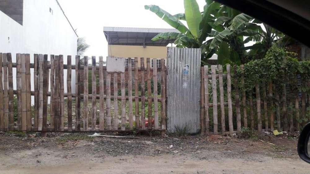 Venta de terreno en la Ciudadela Municipal - cerca de Solca y de futuro terminal terrestre - Portoviejo - Manabí