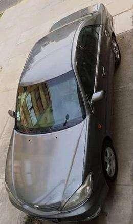 Toyota Camry 2001 - 180000 km