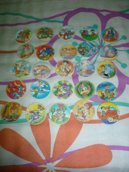 tazos de diferentes colecciones