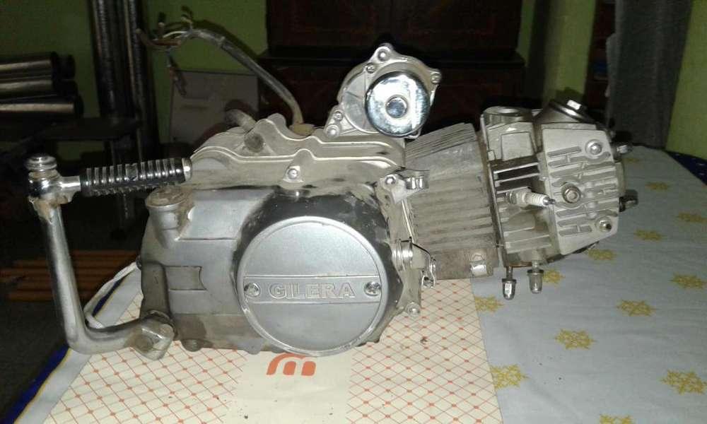 Motor Gilera Chopera 110 CC