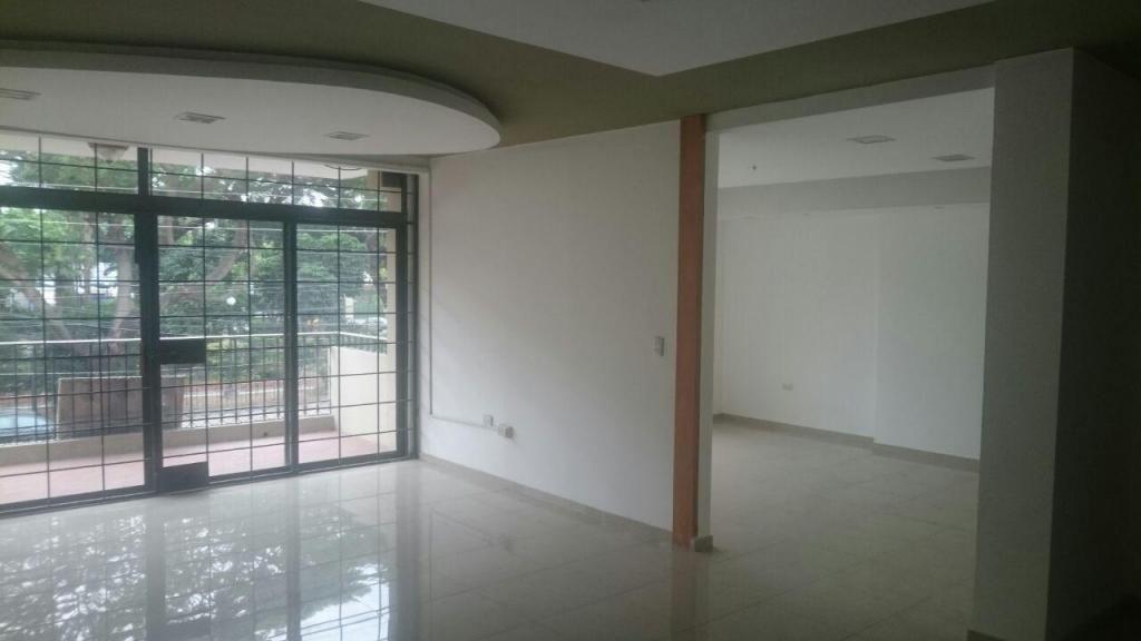 Oficina o Departamento en venta Urdesa Central, 3 dormitorios