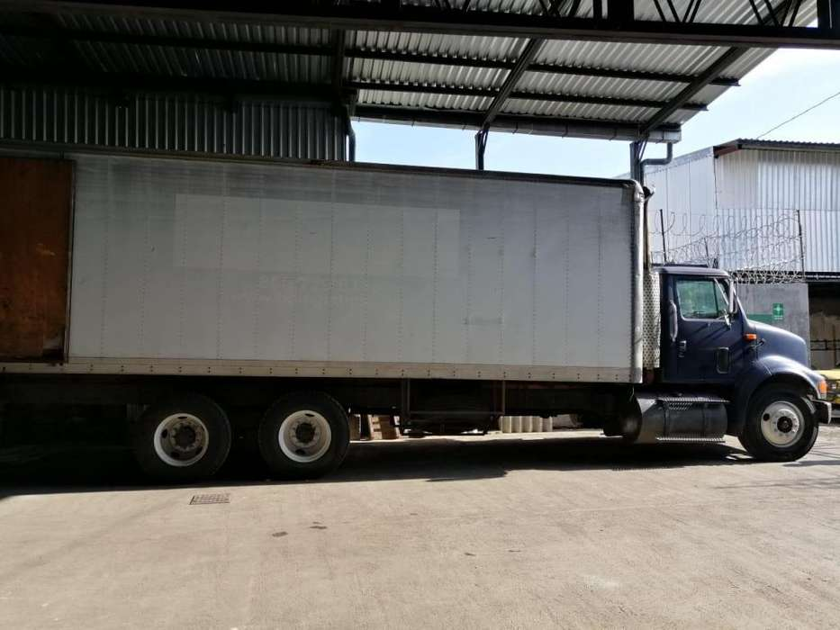 CAMION INTERNATIONAL 3 EJES AÑO 2003