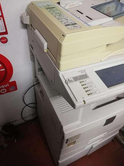 Vendo Fotocopiadora Rico 2510