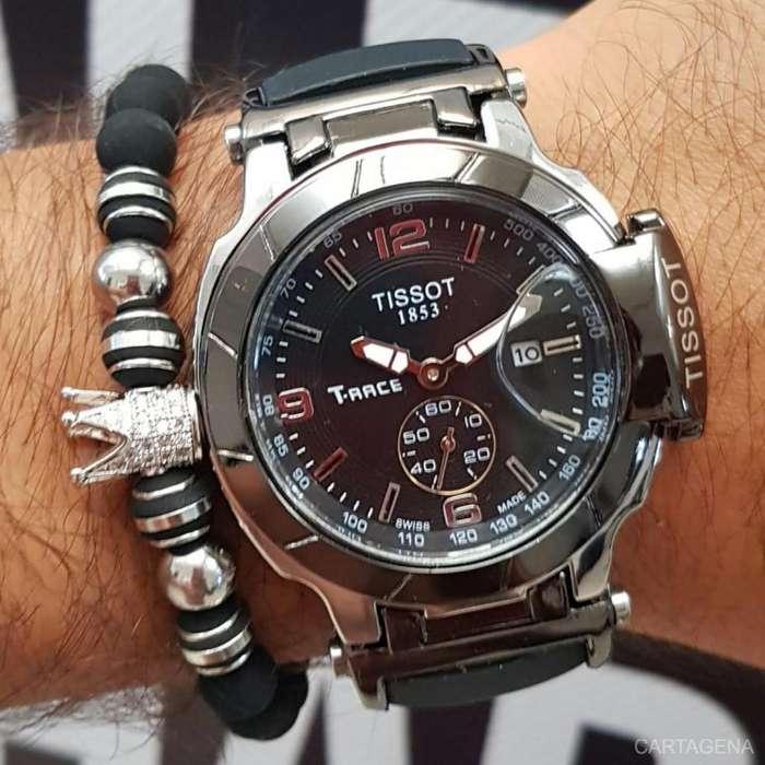 Reloj Tissot negro con plateado para caballero en venta