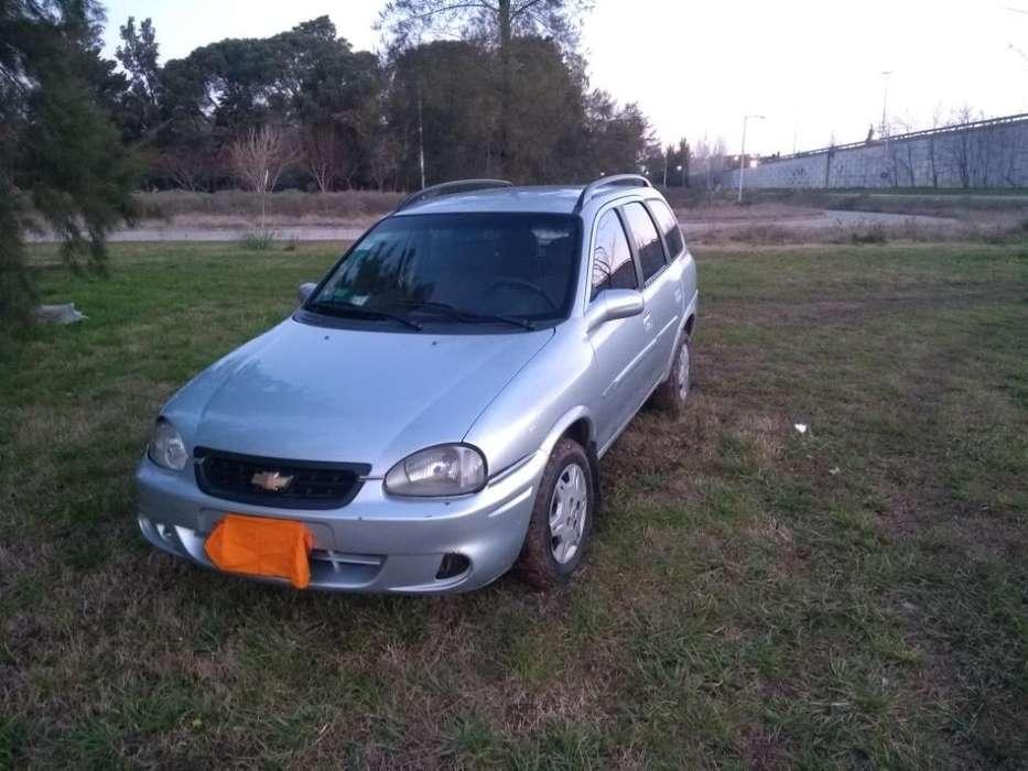 Chevrolet Corsa 2009 - 250000 km