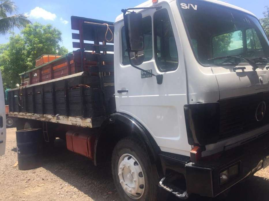 Camion Mercedes 1419 motor 366 con roster