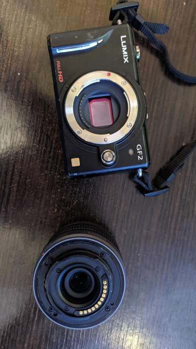 Camara Lumix Gf2 (lente 14-42 Mm)