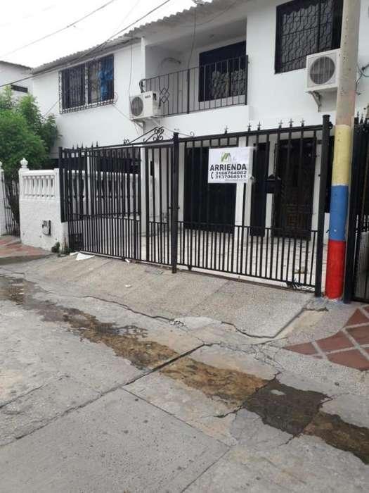 Casa En Arriendo En Barranquilla El Silencio Cod. ABBGG-100533