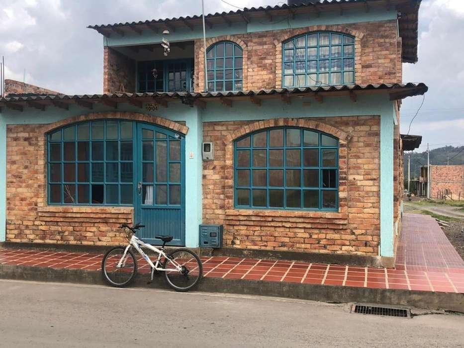 Vendo Hermosa Casa en Simijaca