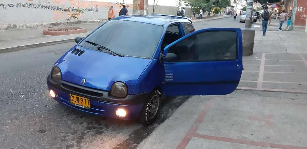 <strong>renault</strong> Twingo 2004 - 123 km