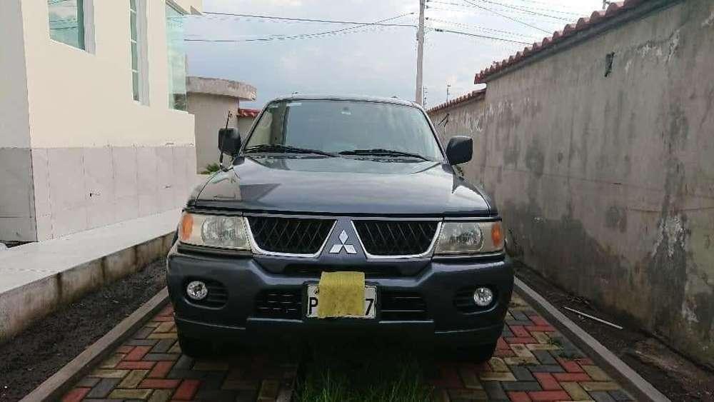 Mitsubishi Montero 2006 - 200000 km