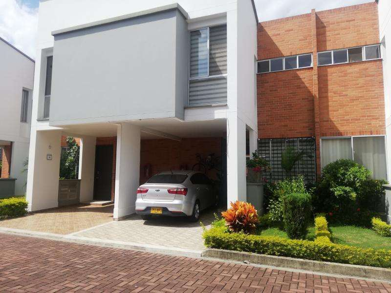 Casa Condominio En Venta En Cali Valle Del Lili Cod. VBSBI11829