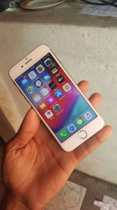 iPhone 7 , 32Gb , Buen Estado