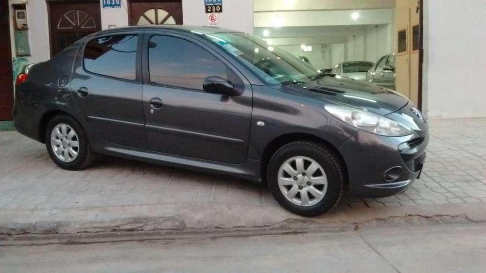 Peugeot 207 2010 - 126000 km