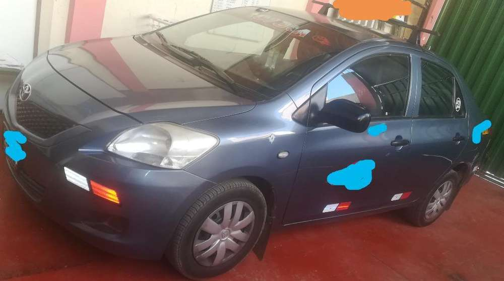 Toyota Yaris 2008 - 173000 km