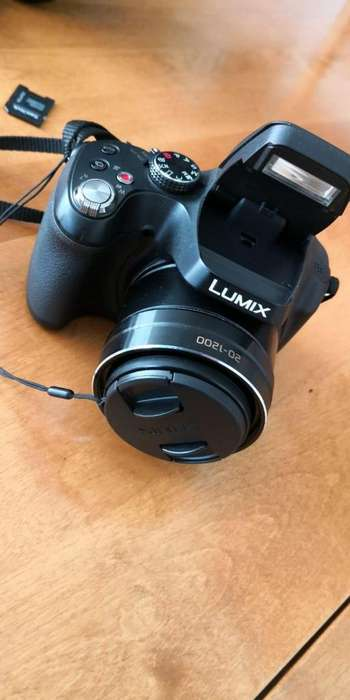 Camara Panasonic Digital Lumix Dmcfz70