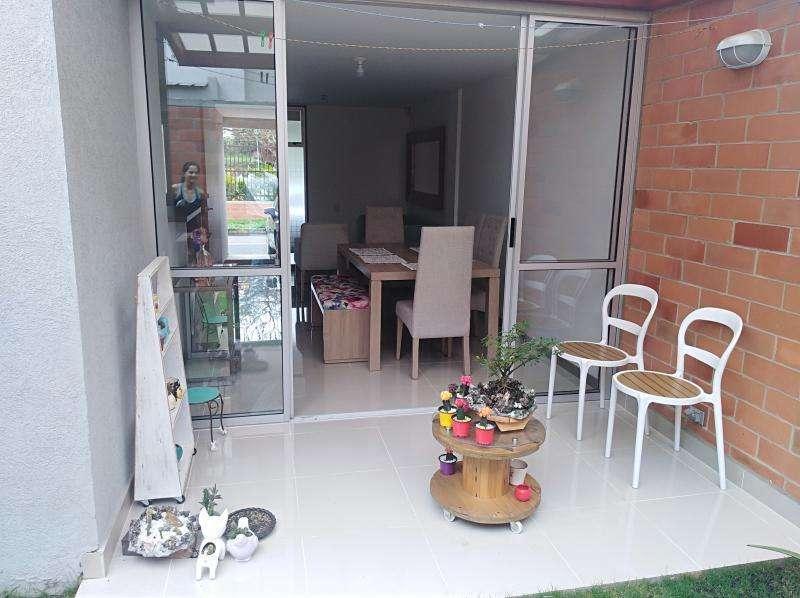 Casa Condominio En Venta En Jamundi <strong>ciudad</strong> Contry Cod. VBSBI11459