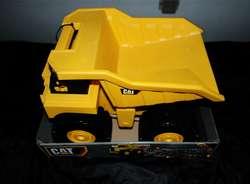 CATERPILLAR BIG DUMP TRUCK camion con sonidos NUEVO!