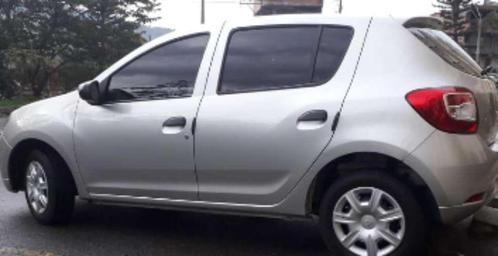 Renault Sandero 2019 - 12000 km