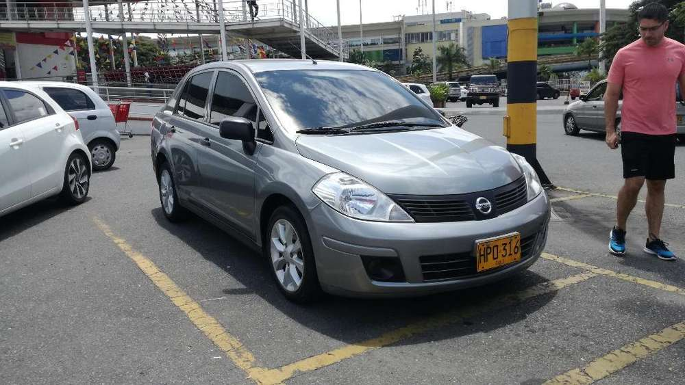 Nissan Tiida 2014 - 56000 km