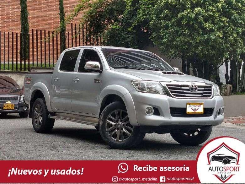 Toyota Fortuner 2014 - 77000 km