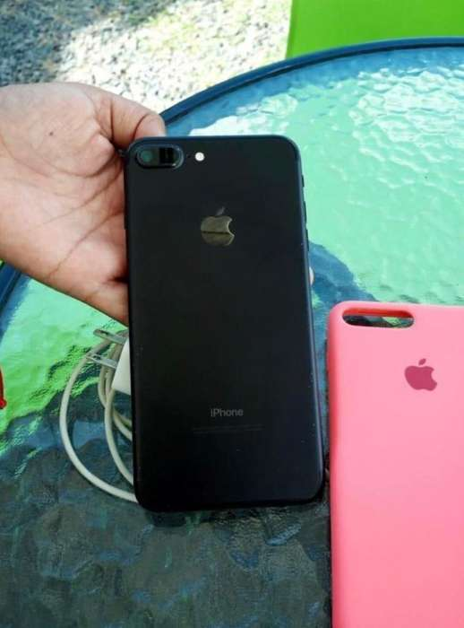 Se Vende iPhone 7Plus 32Gb de Poco Uso