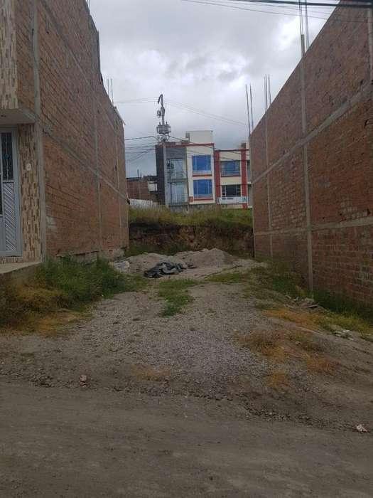 Lote en Venta B / Quito Lopez