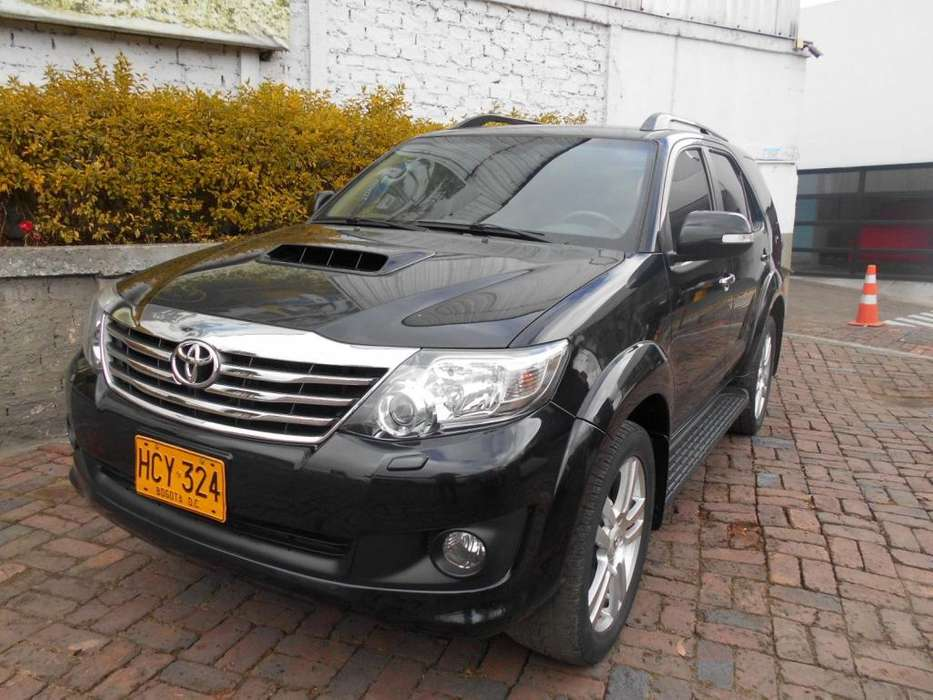 <strong>toyota</strong> Fortuner 2014 - 86080 km