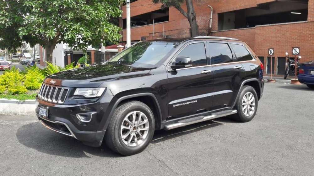 JEEP GRAND CHEROKEE 2014 - 43400 km