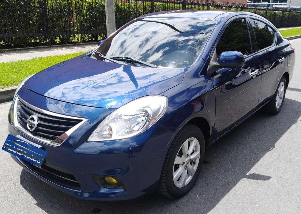 Nissan Versa 2015 - 65000 km