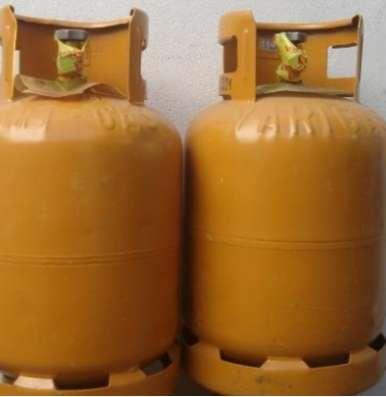 Garrafa de 10 kg la carga a domicilio 3.200 envase solo 2900