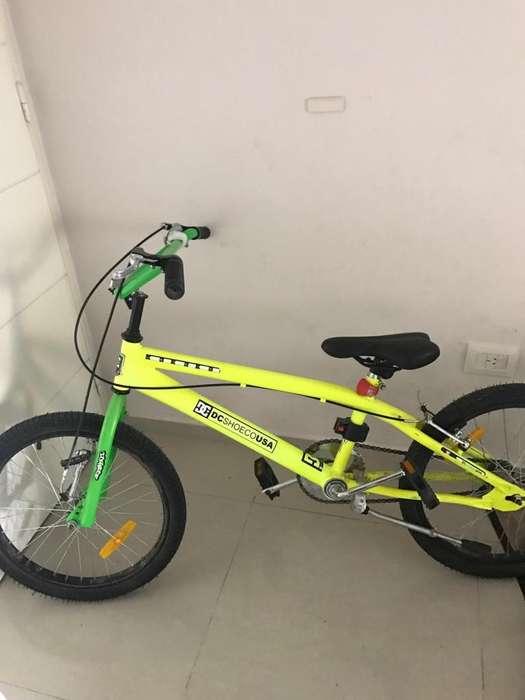 Bicicleta BMX, como nueva.