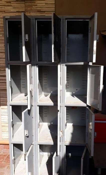 Locker 12 puertas chapa zona Quilmes supermercados y fbricas
