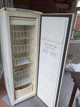 Freezer Eslabón de Lujo CUV19 Slim